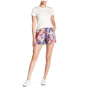 💫Romeo & Juliet Couture | Floral Shorts.